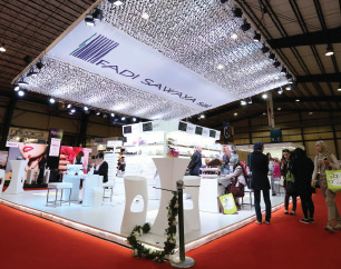 Lebanon, Ship-Shape Booth Debut